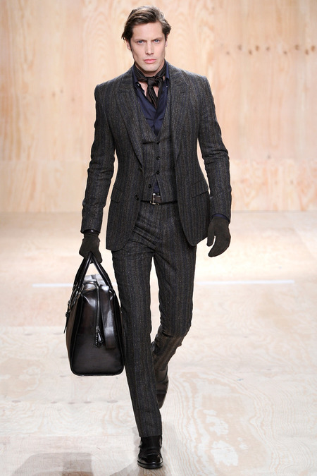 1390000018070_berluti-fall-winter-2014-34